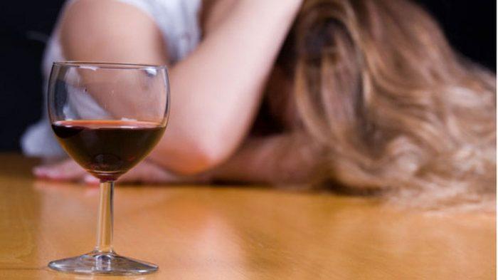 Какая доза алкоголя смертельна?