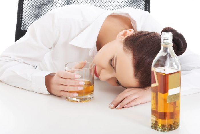 Что можно выпить от похмелья?