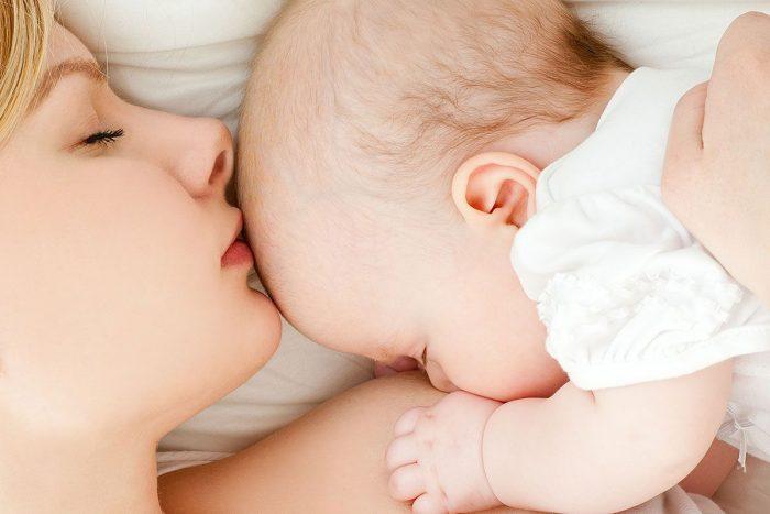 Алкоголь при грудном вскармливании: опасность, вред для малыша
